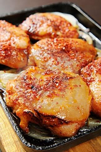Φτερούγες κοτόπουλο με μαρμελάδα βατόμουρο 2-3