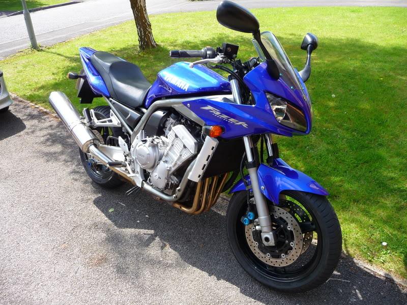 Torque Monster Shootout….  Yamaha FZ1, Honda CBF 1000, Honda CB1300S. P1000551