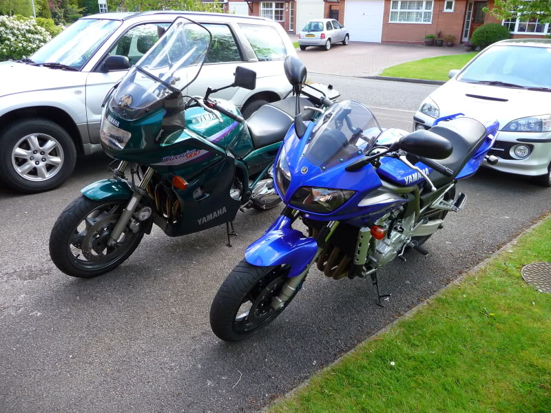 Torque Monster Shootout….  Yamaha FZ1, Honda CBF 1000, Honda CB1300S. P1000556