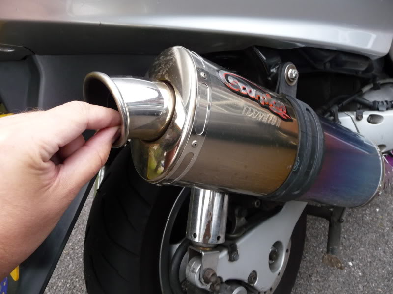 Loud Exhaust options P1000738