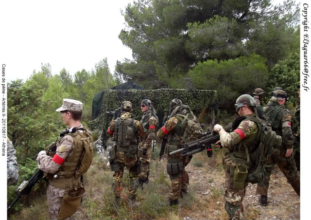 Projet tenues USMC  - Page 3 2011-09-24-cases-de-pene-athena-097