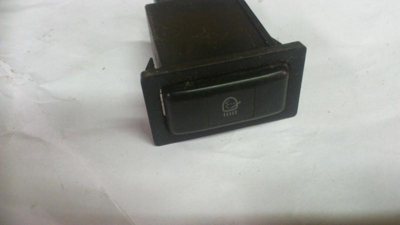 "Switches, clocks , 6.5"" speakers +++Euro LHD e10 DSC_1414_zpsfb667c5e"