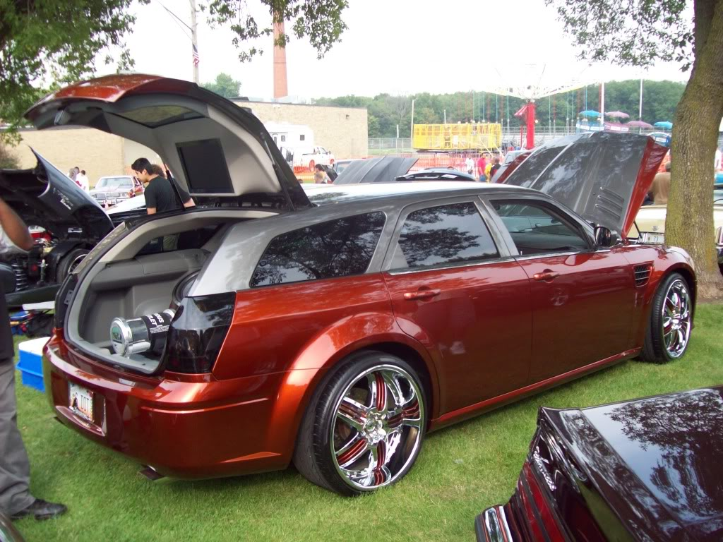 Pics from Car Fest in Chicago Heights 9/5/09!!! Newmods120