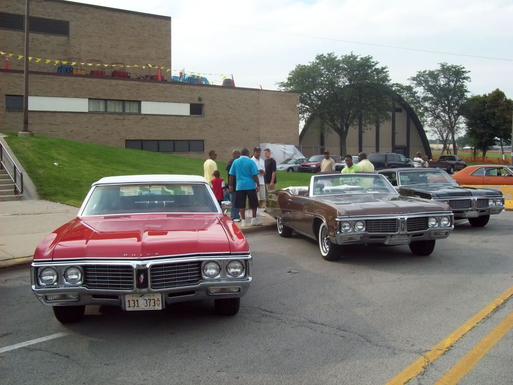 Pics from Car Fest in Chicago Heights 9/5/09!!! Newmods130