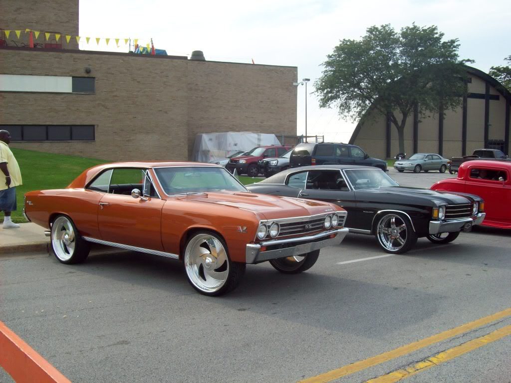 Pics from Car Fest in Chicago Heights 9/5/09!!! Newmods131