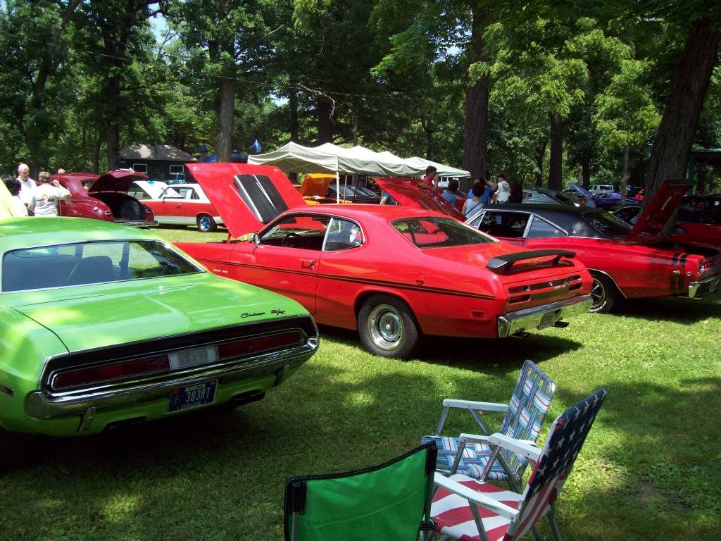 PICS from 20th annual Mopars by the River Momence, IL 6/14/09!!! Shows015
