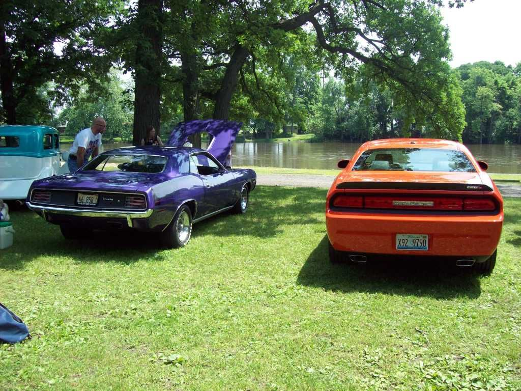 PICS from 20th annual Mopars by the River Momence, IL 6/14/09!!! Shows016