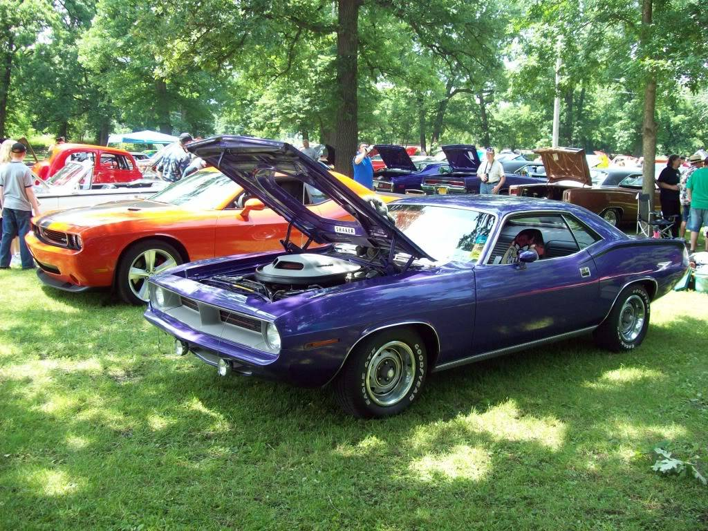 PICS from 20th annual Mopars by the River Momence, IL 6/14/09!!! Shows019