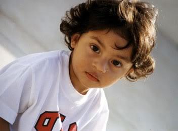 FOTOS DESDE LA NIÑEZ DE ARYAN Y SUHANA Children_001