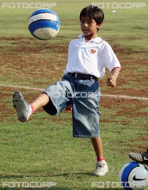 FOTOS DESDE LA NIÑEZ DE ARYAN Y SUHANA Children_016