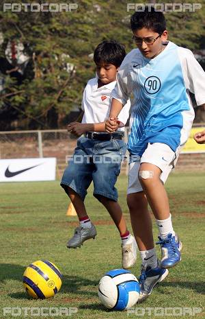 FOTOS DESDE LA NIÑEZ DE ARYAN Y SUHANA Children_017