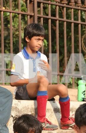 FOTOS DESDE LA NIÑEZ DE ARYAN Y SUHANA Children_020