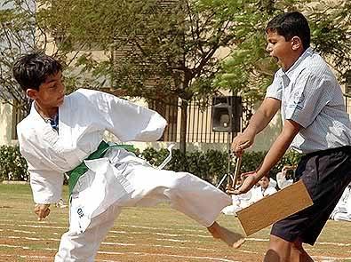 FOTOS DESDE LA NIÑEZ DE ARYAN Y SUHANA Children_021