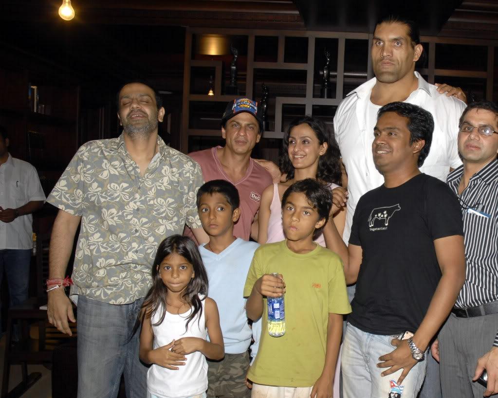 SRK Y EL GRAN KALI Khaliaug08_005