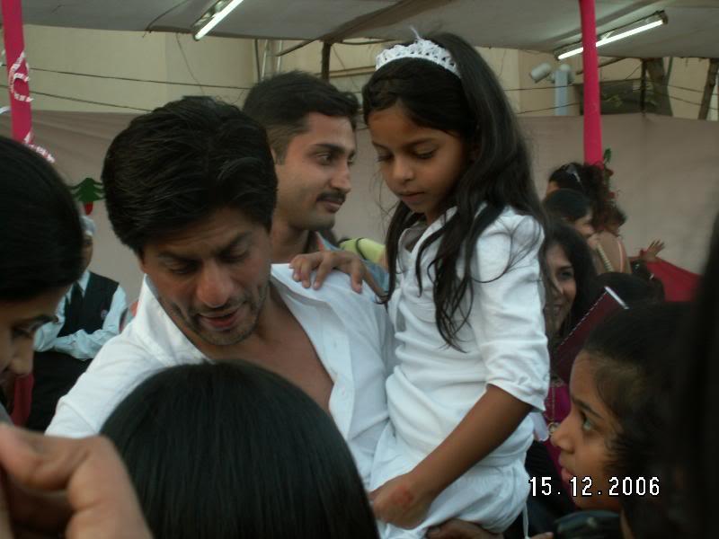 SRK Y SUHANA Suhana_004