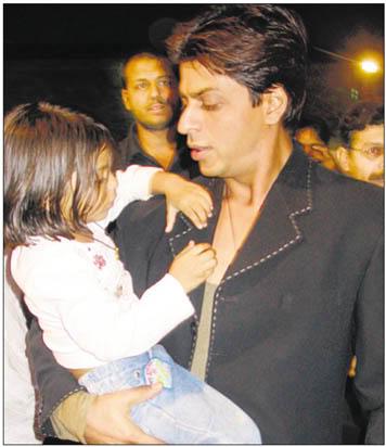 SRK Y SUHANA Suhana_006
