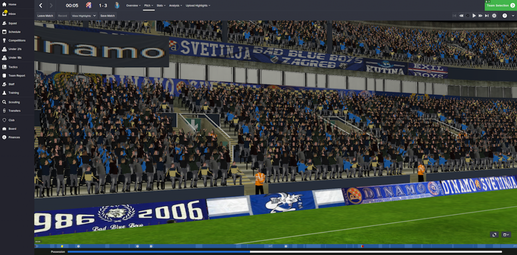 Adboards/banners for all versions of FM DinamovFCP_PitchFull