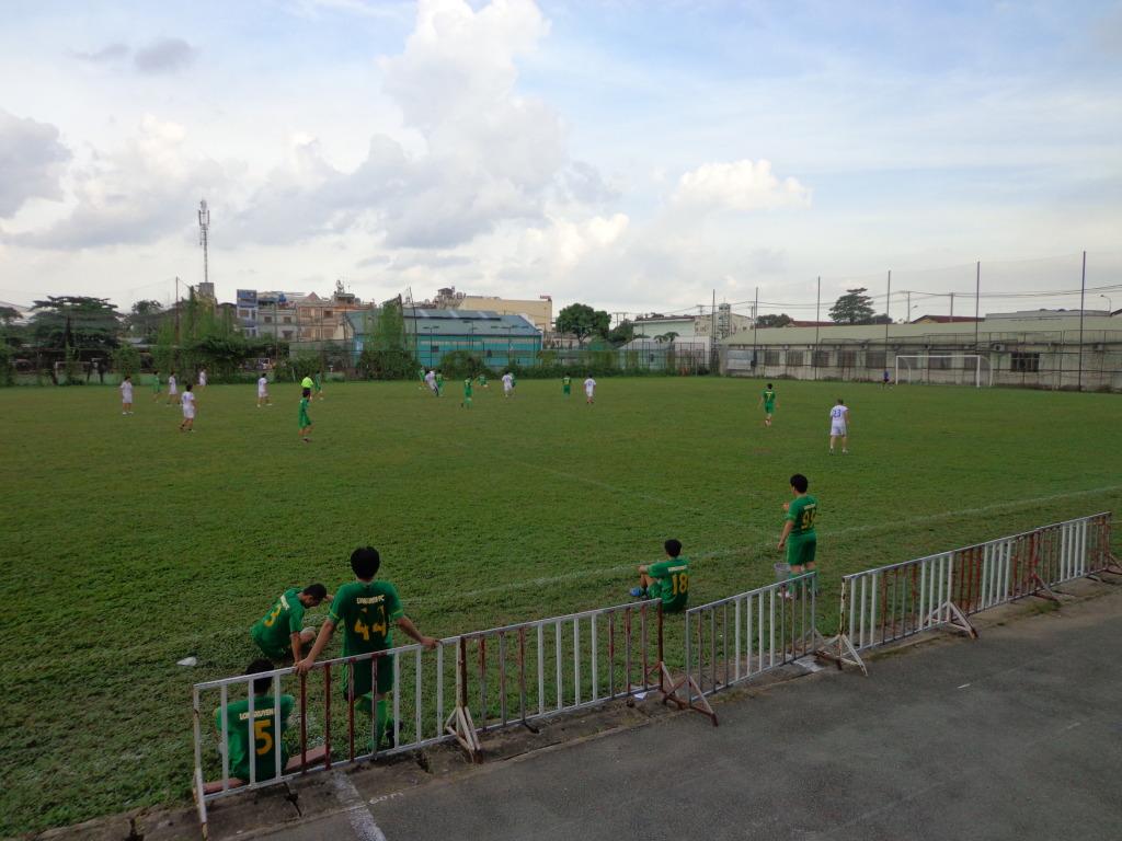 BÌNH LUẬN 03/11/12 LXFC - BARCA DATDUC FC: 4 - 2 DSC00277