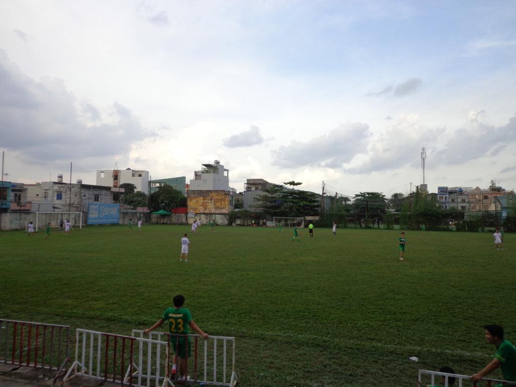 BÌNH LUẬN 03/11/12 LXFC - BARCA DATDUC FC: 4 - 2 DSC00278