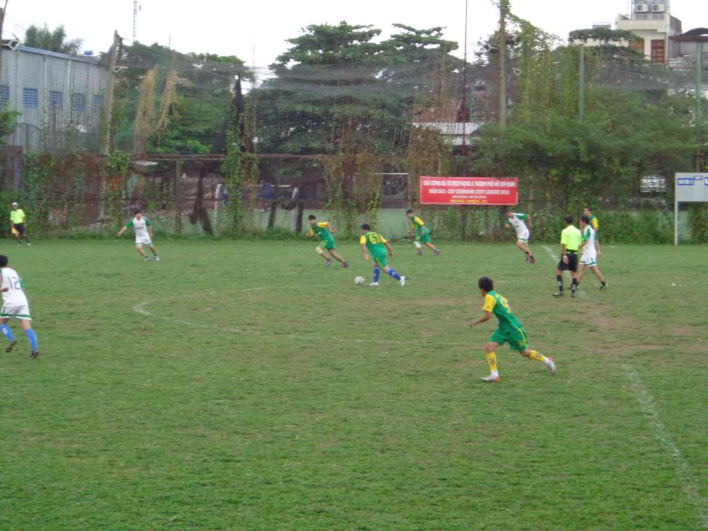 LXFC vs BENTHANH CIGARETEE FC DSC00833_zps20192e80