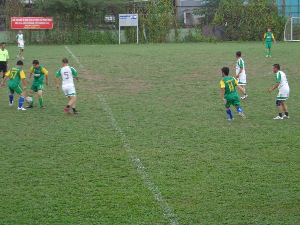 LXFC vs BENTHANH CIGARETEE FC DSC00835_zps44124561