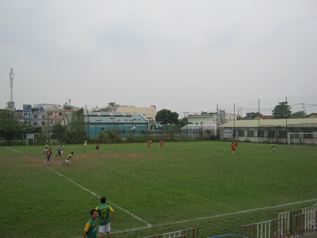 BÌNH LUẬN TRẬN ĐẦU NĂM 2013: LXFC - HOÀNG FC 4 - 3 IMG_0588_zpse32a36d5