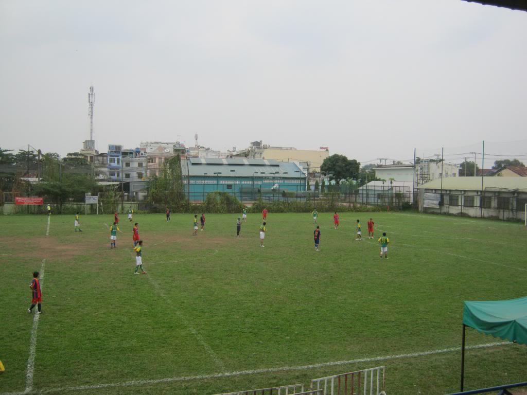 BÌNH LUẬN TRẬN ĐẦU NĂM 2013: LXFC - HOÀNG FC 4 - 3 IMG_0589_zps98aa291d