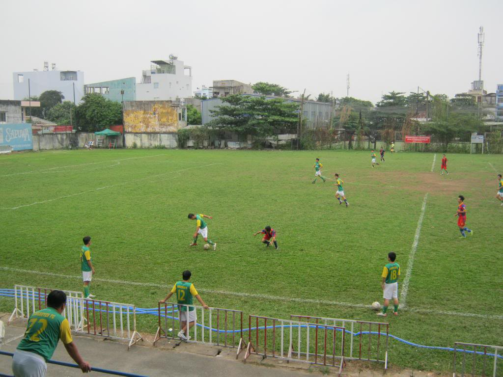 BÌNH LUẬN TRẬN ĐẦU NĂM 2013: LXFC - HOÀNG FC 4 - 3 IMG_0591_zps9b55a491