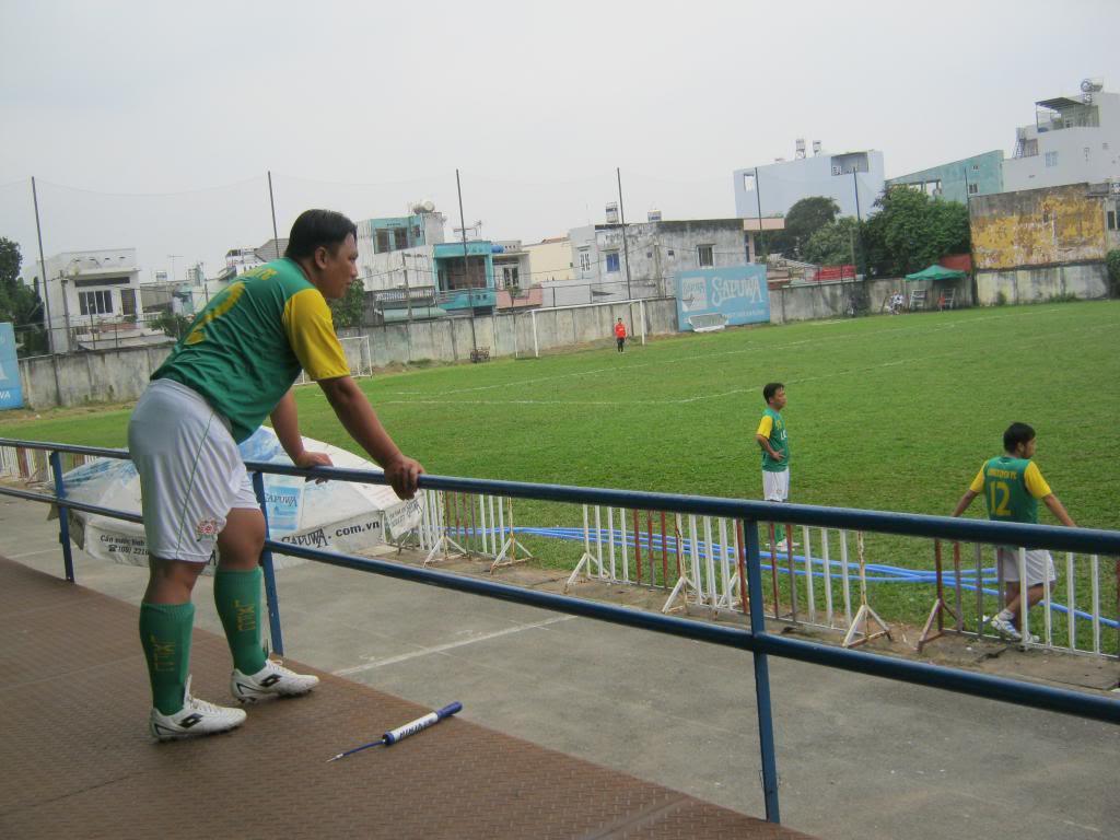 BÌNH LUẬN TRẬN ĐẦU NĂM 2013: LXFC - HOÀNG FC 4 - 3 IMG_0593_zps4957adf3
