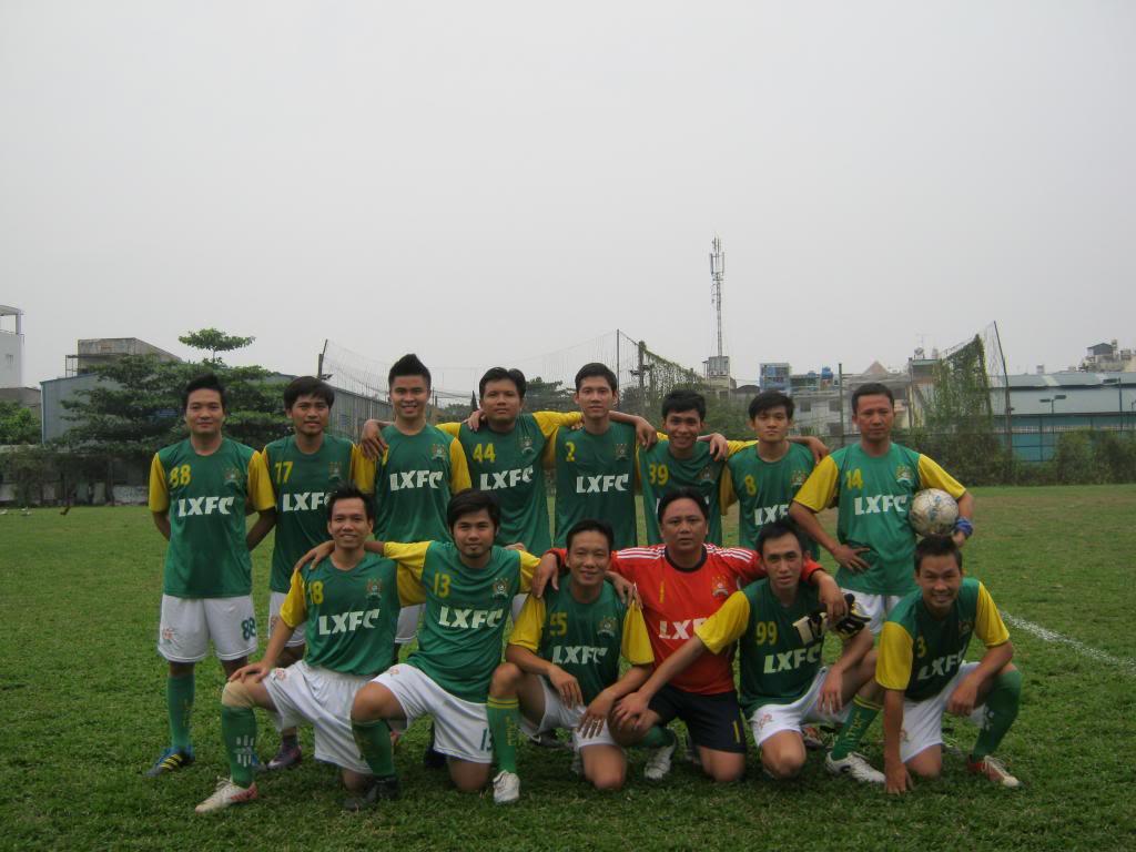 BÌNH LUẬN TRẬN ĐẦU NĂM 2013: LXFC - HOÀNG FC 4 - 3 IMG_0596_zps6142fd24