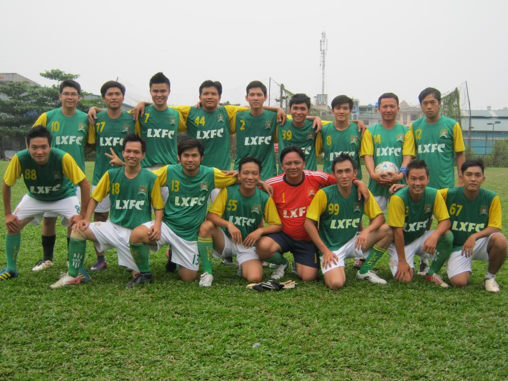 BÌNH LUẬN TRẬN ĐẦU NĂM 2013: LXFC - HOÀNG FC 4 - 3 IMG_0598_zpsda8cf8e5