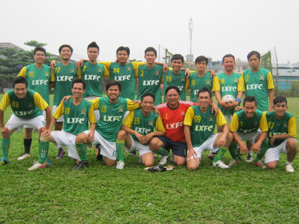 BÌNH LUẬN TRẬN ĐẦU NĂM 2013: LXFC - HOÀNG FC 4 - 3 IMG_0599_zps56fe0140