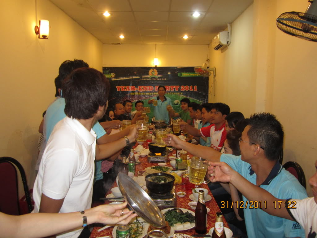 HÌNH ẢNH YEAR_END PARTY 2011 IMG_1278