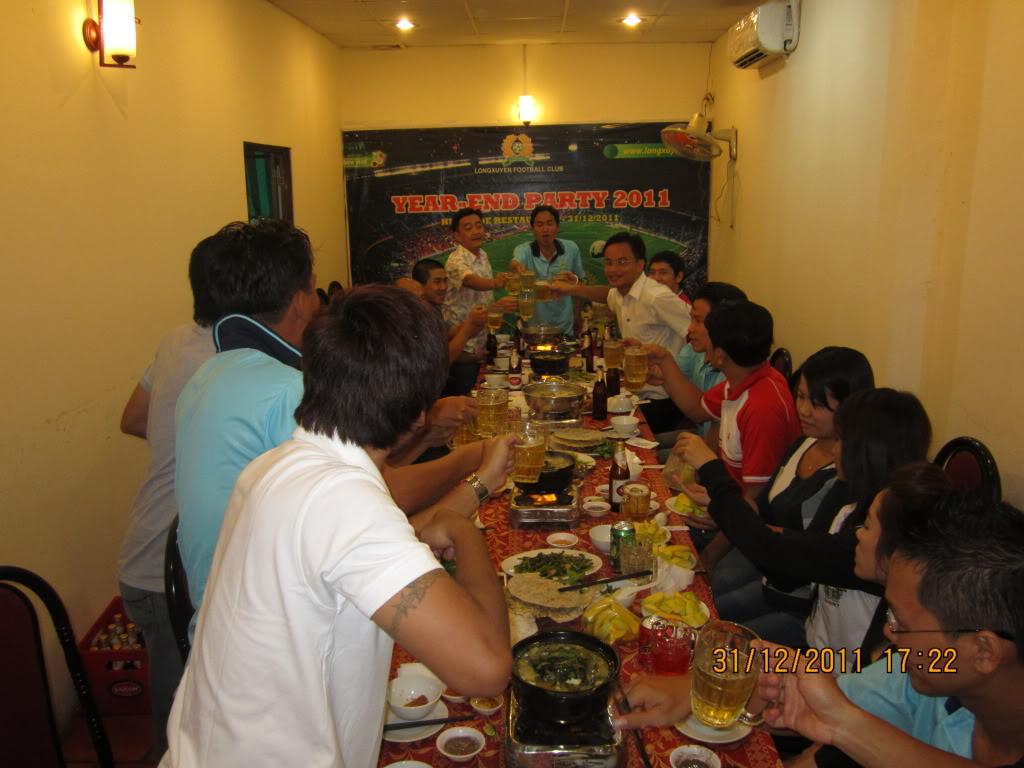 HÌNH ẢNH YEAR_END PARTY 2011 IMG_1279