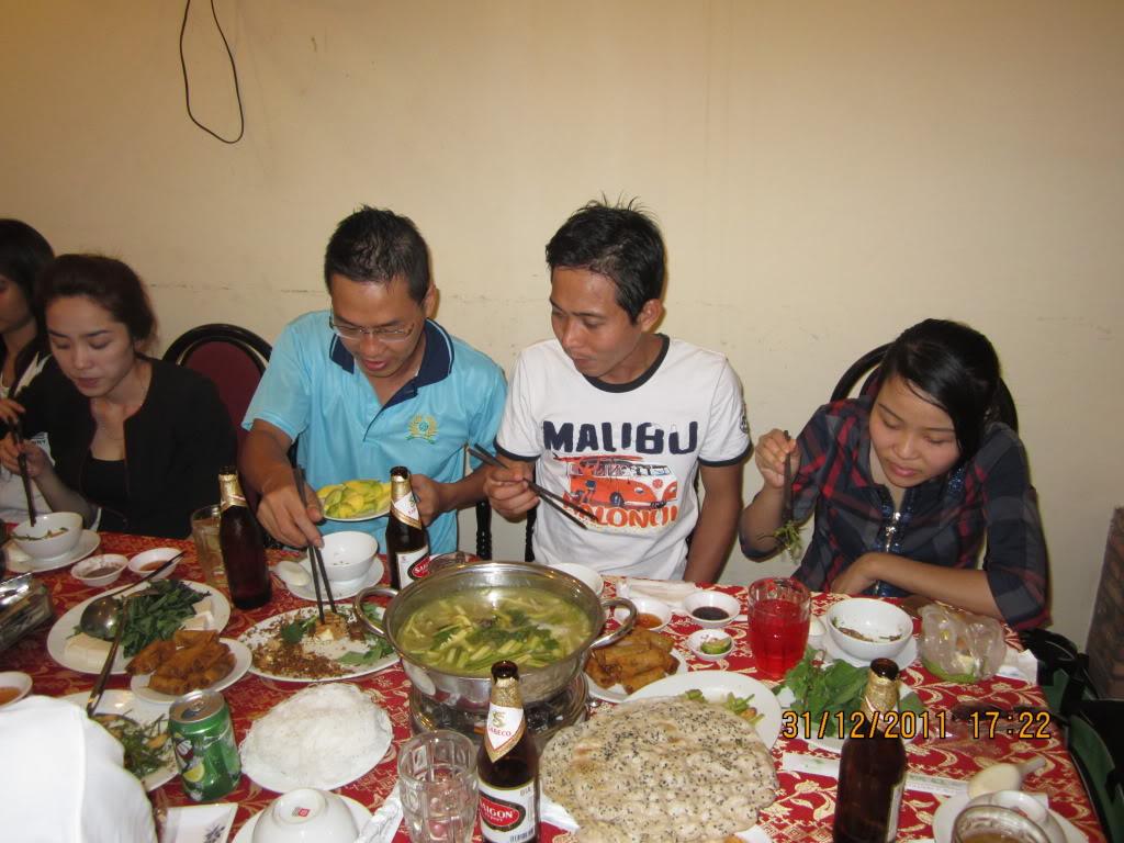 PHẦN 3: HÌNH ẢNH YEAR-END PARTY 2011 IMG_1281