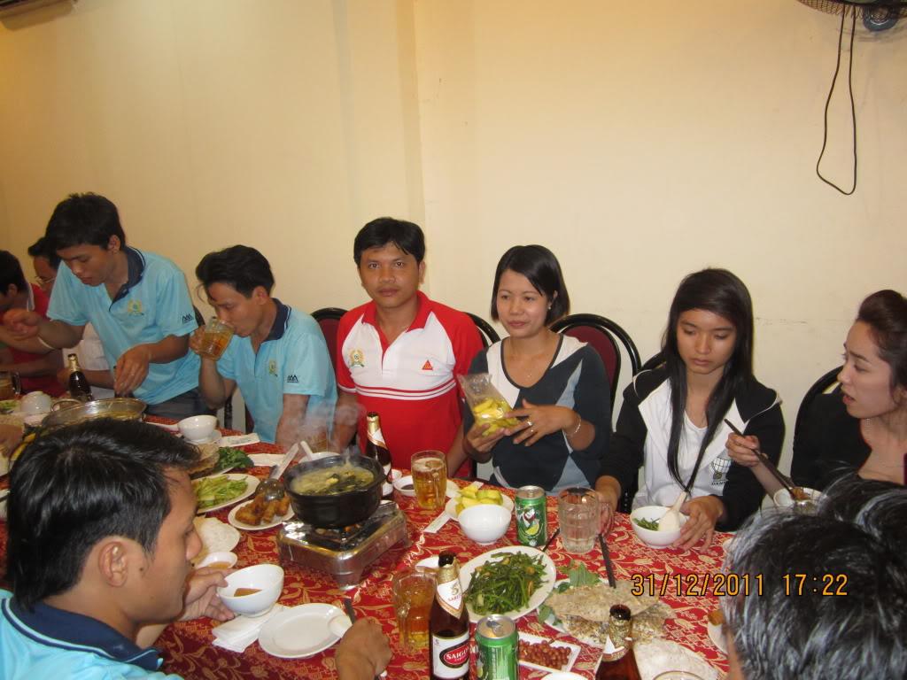 HÌNH ẢNH YEAR_END PARTY 2011 IMG_1282
