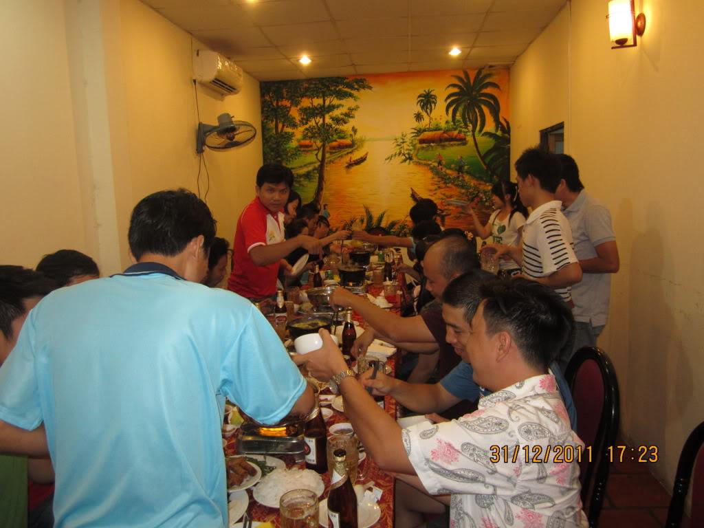 HÌNH ẢNH YEAR_END PARTY 2011 IMG_1285