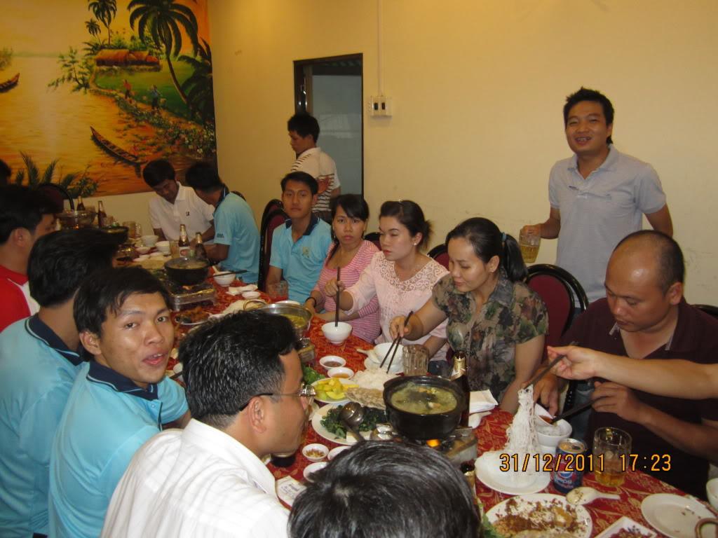 HÌNH ẢNH YEAR_END PARTY 2011 IMG_1287