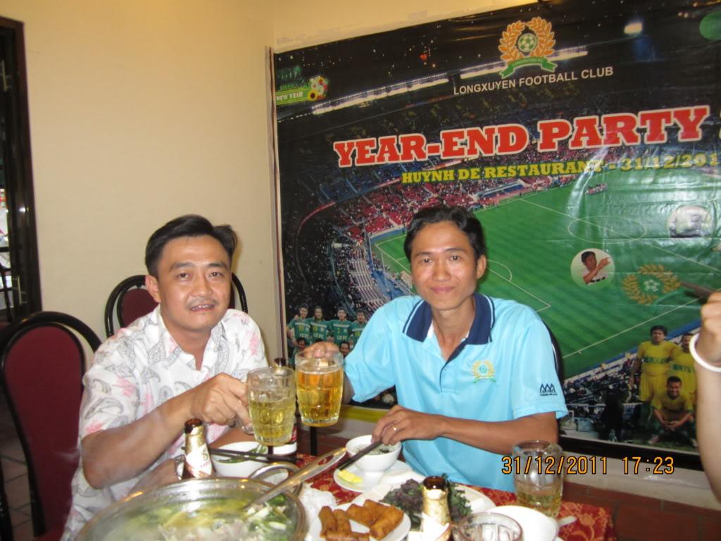HÌNH ẢNH YEAR_END PARTY 2011 IMG_1289