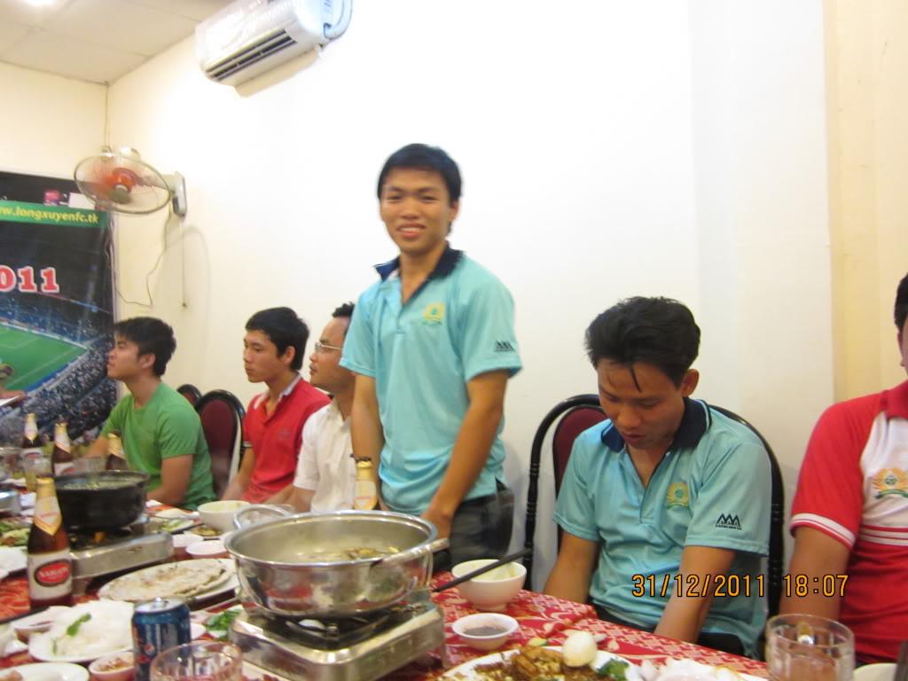 HÌNH ẢNH YEAR_END PARTY 2011 IMG_1352