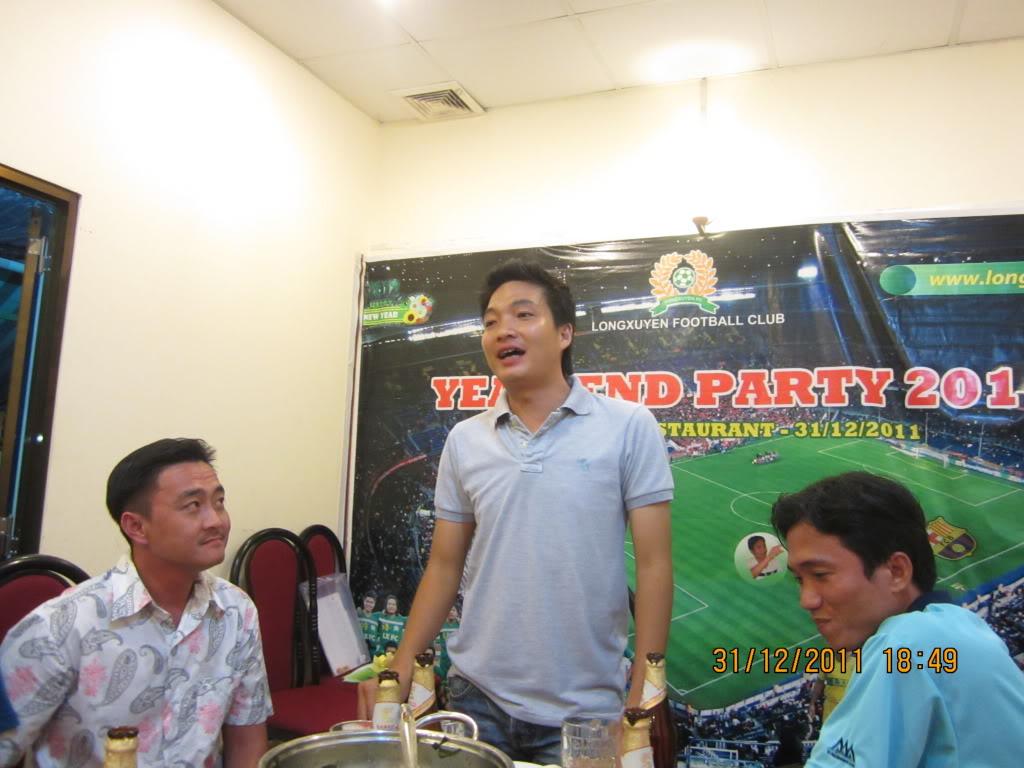 PHẦN 3: HÌNH ẢNH YEAR-END PARTY 2011 IMG_1395