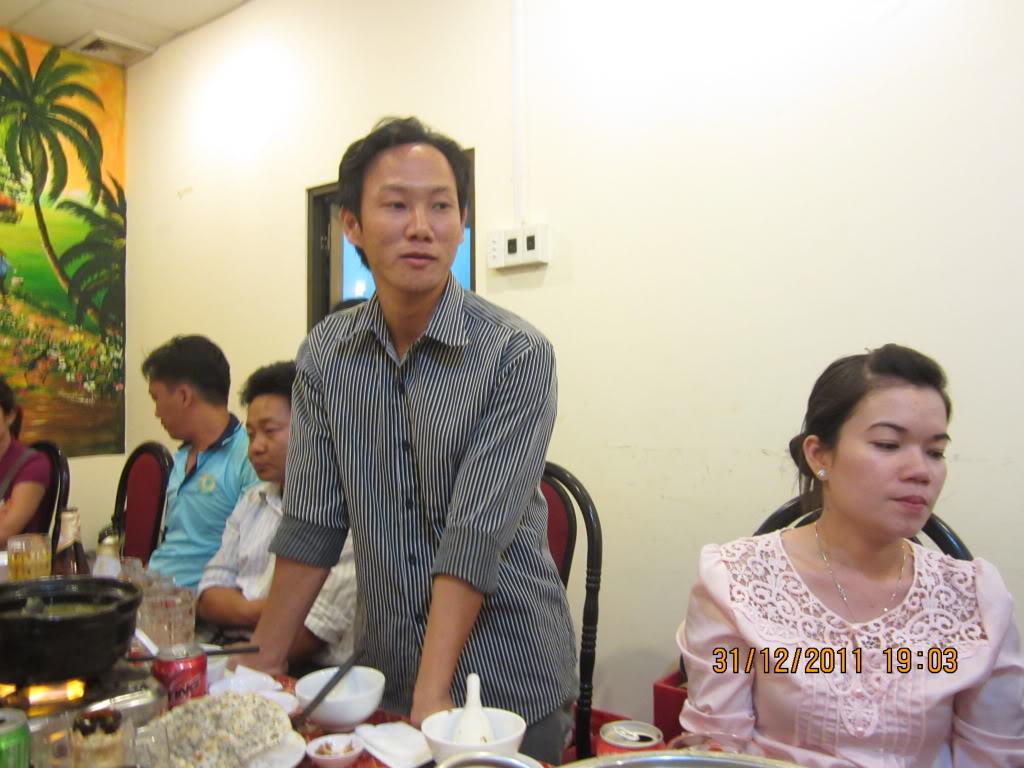 PHẦN 3: HÌNH ẢNH YEAR-END PARTY 2011 IMG_1418