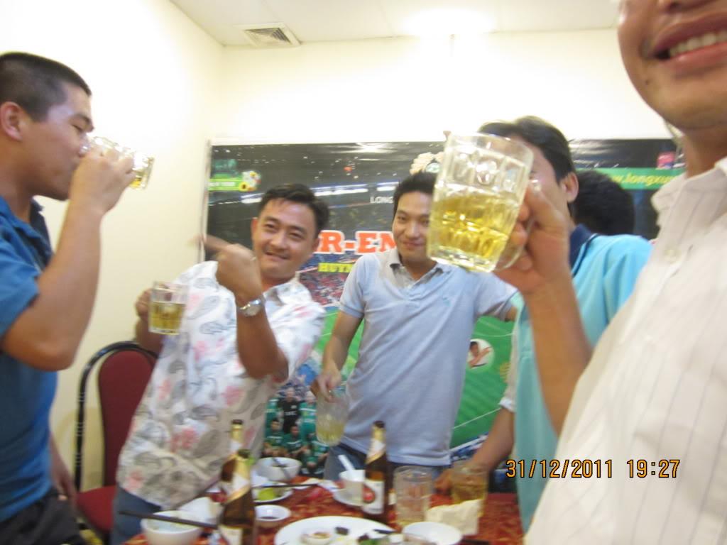 PHẦN 3: HÌNH ẢNH YEAR-END PARTY 2011 IMG_1426