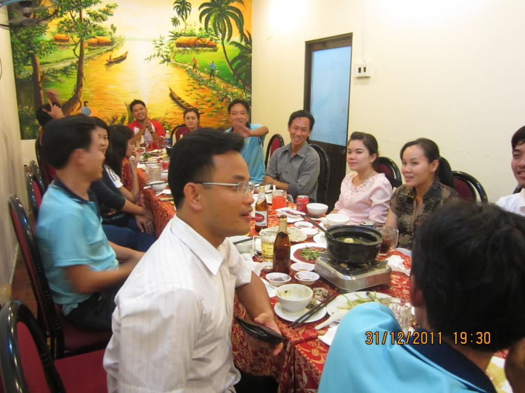 PHẦN 3: HÌNH ẢNH YEAR-END PARTY 2011 IMG_1434