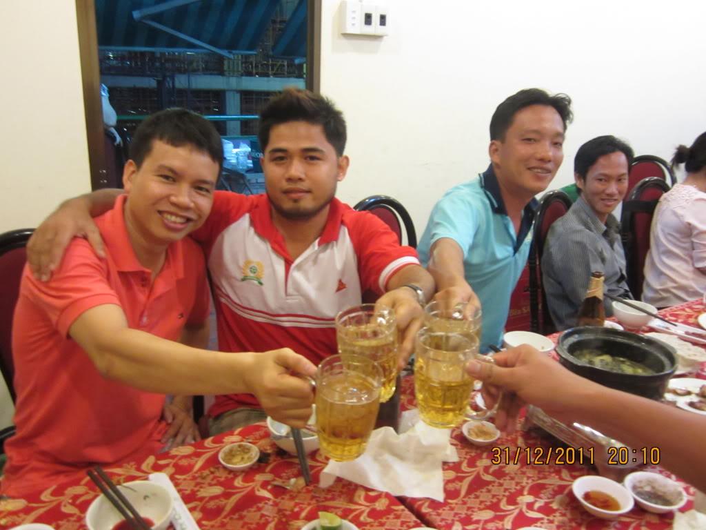 PHẦN 3: HÌNH ẢNH YEAR-END PARTY 2011 IMG_1474
