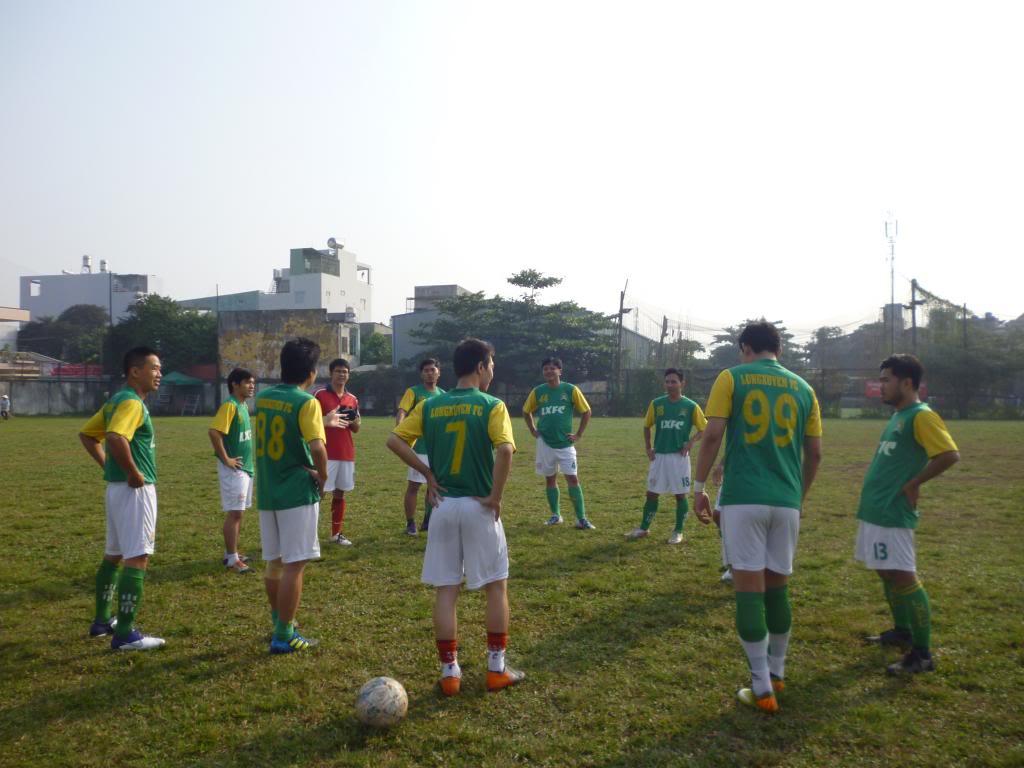 BÌNH LUẬN TRẬN CUỐI NĂM 2012: LXFC - HAINAM FC 3 - 2  P1030353_zps8ca6d251