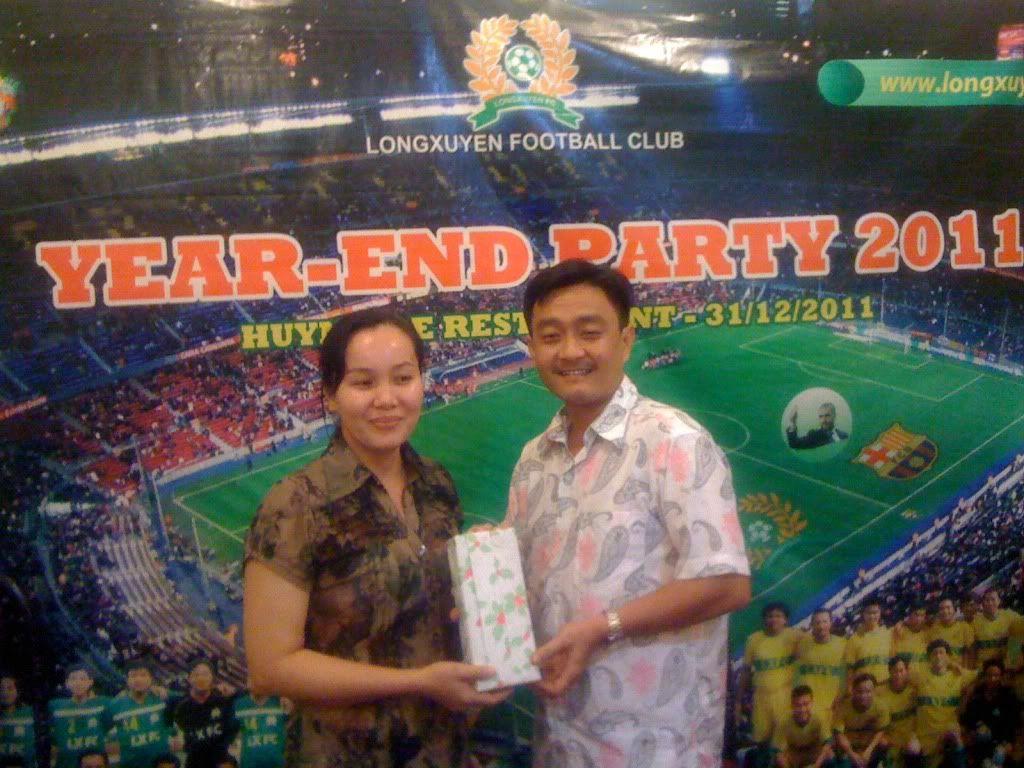 Phần cuối: HÌNH ẢNH YEAR_END PARTY 2011 Picture018