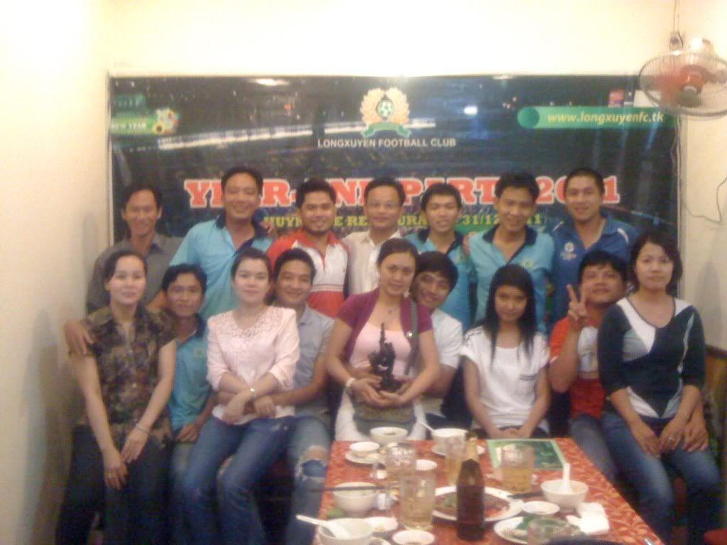 Phần cuối: HÌNH ẢNH YEAR_END PARTY 2011 Picture021
