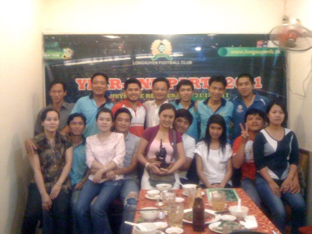 Phần cuối: HÌNH ẢNH YEAR_END PARTY 2011 Picture027