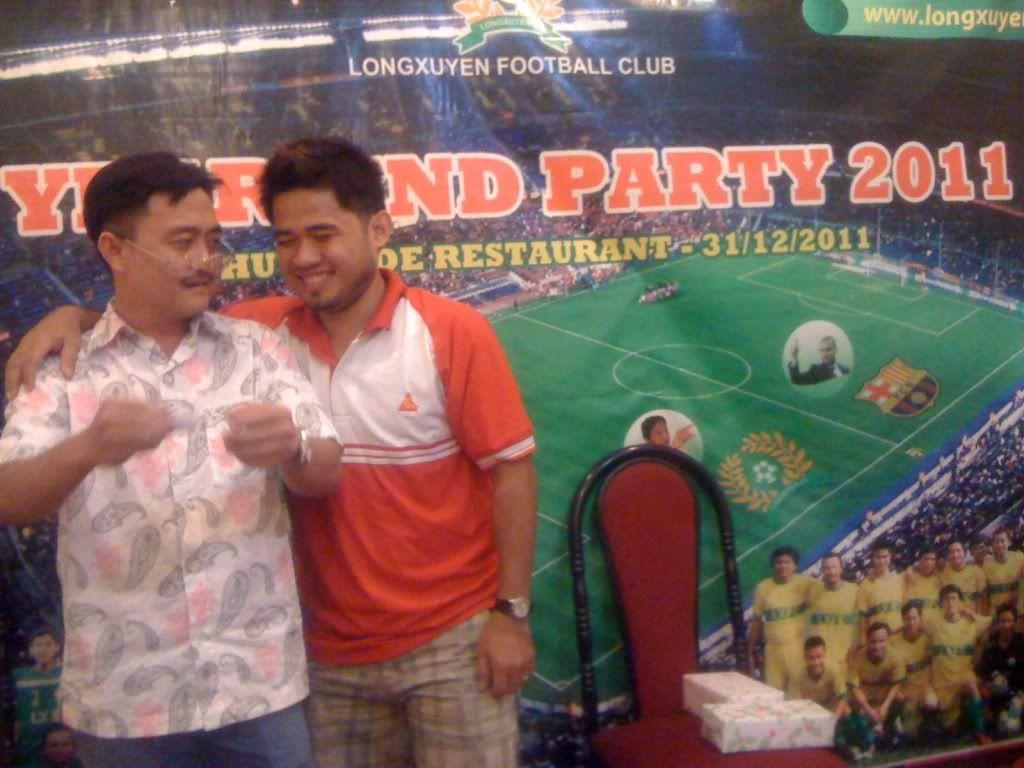 Phần cuối: HÌNH ẢNH YEAR_END PARTY 2011 Picture030